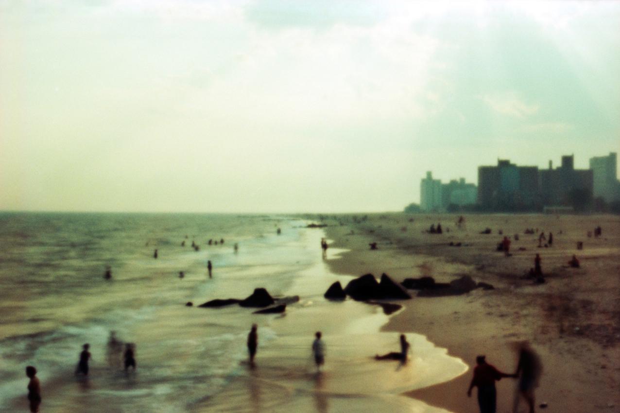 D2_Beach1Pinhole_45x30